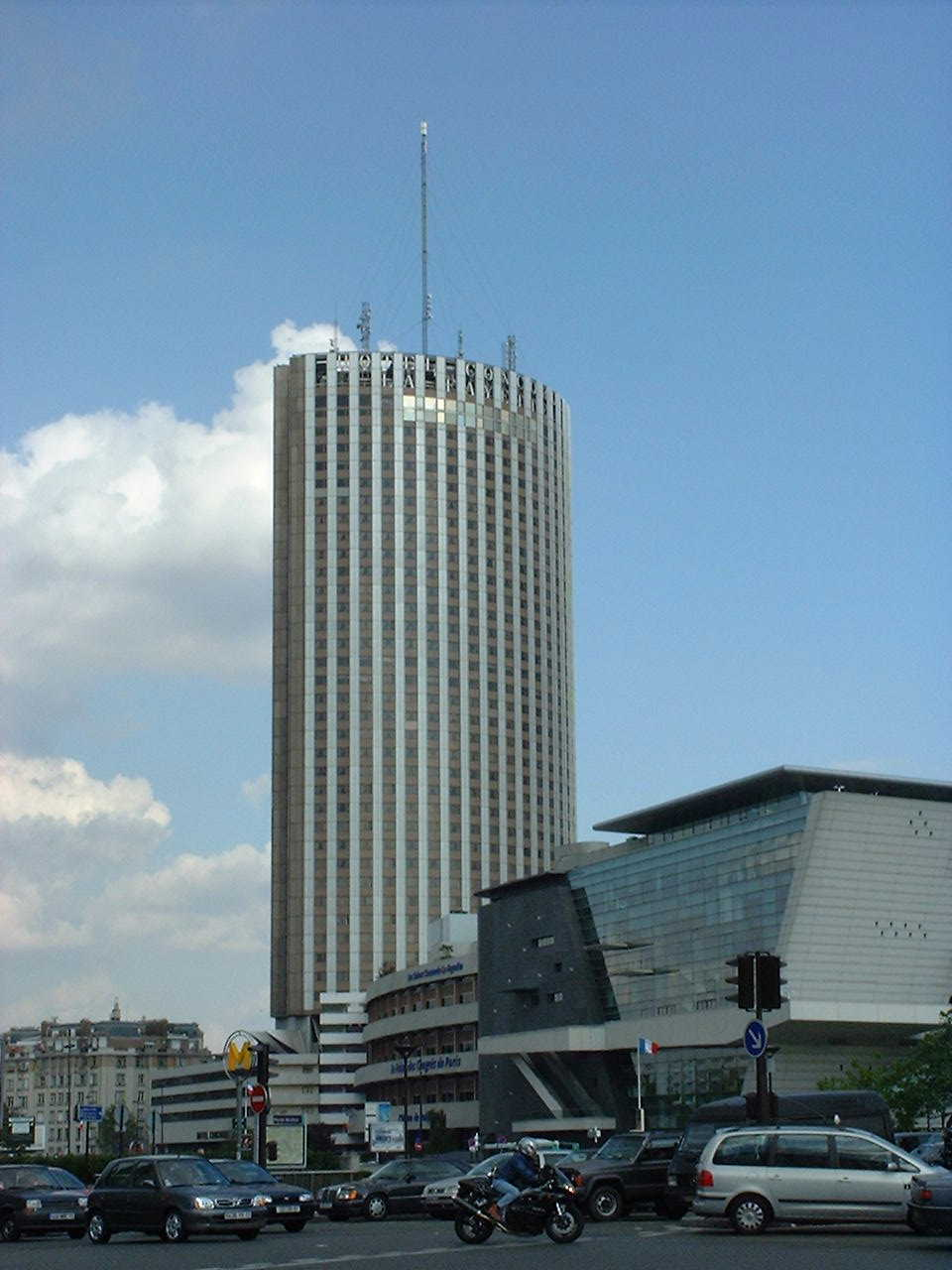Top 20 European skylines, Poll - Page 10 - SkyscraperCity